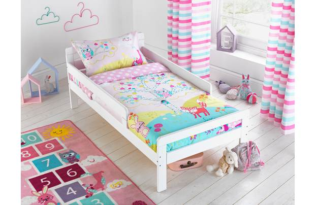 /pre-school/chad-valley-friends-of-the-meadow-bedding-set-toddler