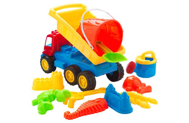 /outdoor-toys/chad-valley-11-pieces-sand-truck-bucket-and-spade-set