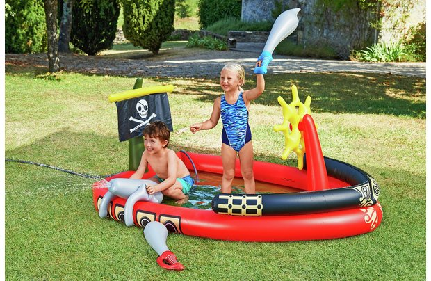 /outdoor-toys/chad-valley-pirate-ship-and-ball-pit