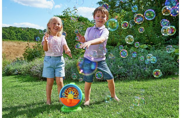 /outdoor-toys/chad-valley-mega-bubble-machine