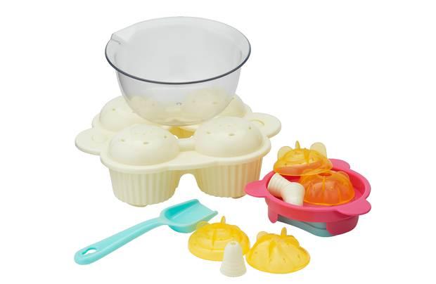 /creative-play/chad-valley-cupcake-maker